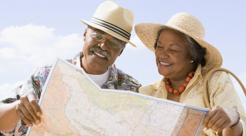 Couple-navigating-health-insurance-in-retirement