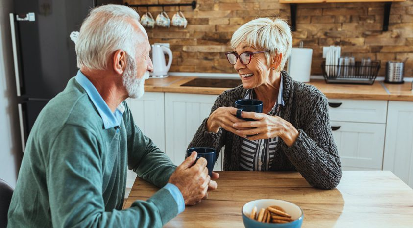 Retirees-discuss-aging-in-place